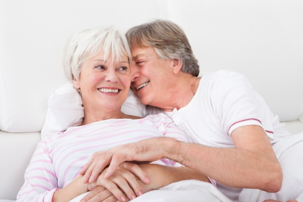 50 летняя женщина и 30 летняя: в чём разница в сексе?