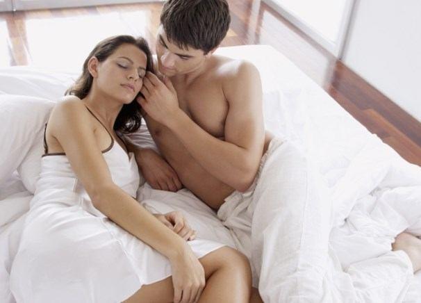 Как возбудить спящую девушку? Самые лучшие советы